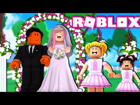 Titi Games Getting Married ! Roblox Lov Story with Goldie & Baby Bloxy   2020-12-20 20:13:13   красноярский заколачивание 4479