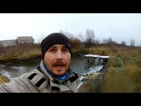 Зимняя рыбалка на очень тонком льду, первый лёд. Ловля раков и рыбы.   2020-12-21 01:24:23   вешний вавилонянин 02ce