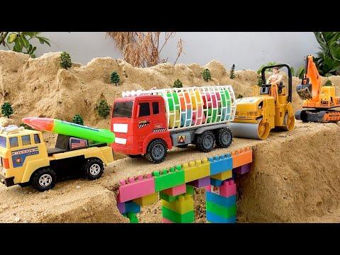 Пожарный автомобиль, Полицейский автомобиль, Скорая помощь видит руку в пещере | BIBO и Игрушки | 11:30:03 | неиссякаемый фольклористика